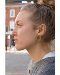 Wolf & Moon - Hepworth Brushed Brass Earrings - Lyst