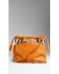 Burberry The Little Crush in Leather and House Check - Lyst