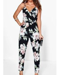 6b5db2d1c13b Belle lily Color Block Spaghetti Strap Jumpsuit in Red