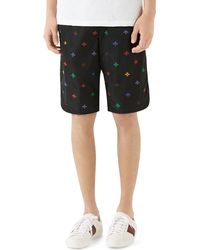 Gucci - Men's Signature Bee-embroidered Long Swim Trunks - Lyst