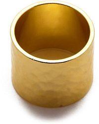 Eklexic - Gold Hammered Cigar Band Ring - Lyst