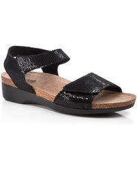 Munro - Flat Sandals - Catelyn - Lyst