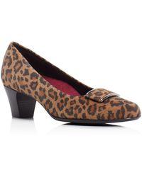 Munro - Mara Leopard Print Mid Heel Court Shoes - Lyst