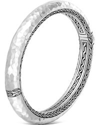 John Hardy | Sterling Silver Classic Chain Hammered Medium Oval Hinged Bangle | Lyst