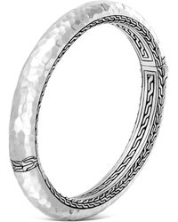 John Hardy - Sterling Silver Classic Chain Hammered Medium Oval Hinged Bangle - Lyst