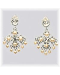 Otazu - Swarovski Crystal And Pearl Chandelier Earring - Lyst