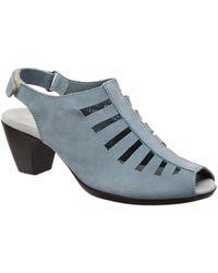 Munro - Abby Slingback Leather Sandal - Lyst