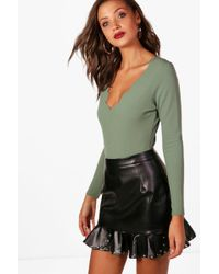 Boohoo | Tall Naome Long Sleeve Scallop Edge Plunge Body | Lyst