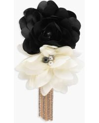 Boohoo - Ria Floral Embellished Chain Diamante Brooch - Lyst