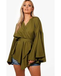 Boohoo - Plus Extreme Sleeve Wrap Front Tie Top - Lyst
