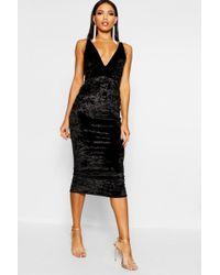 a45fa54b16b0 Boohoo Pearl Metallic Strappy Cowl Neck Midi Dress in Metallic - Lyst