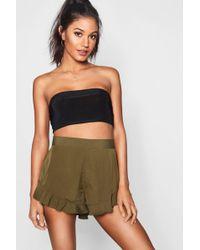 Boohoo - Lizzy Solid Colour Ruffle Hem Shorts - Lyst