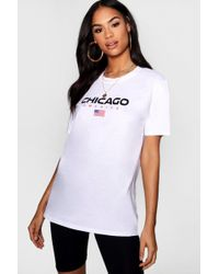 Boohoo - Claudia Chicago Graphic Tee Cycle Short Co-ord Set - Lyst