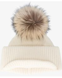 Inverni - Neutral Ribbed Cashmere Hat With Visor And Fur Pom Pom - Lyst