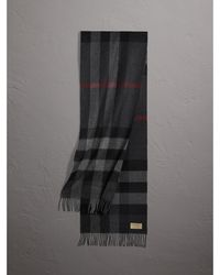 Burberry - The Large Classic Cashmere Scarf In Check Charcoal - Lyst