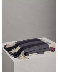 Burberry - Check Cashmere Blanket - Lyst