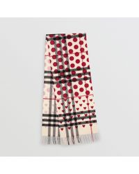 Burberry - The Classic Heart Check Cashmere Scarf - Lyst