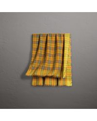 Burberry - Two-tone Vintage Check Cotton Square Scarf - Lyst