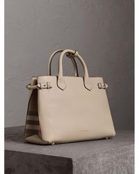 Burberry - The Medium Banner In Leather And House Check Limestone - Lyst