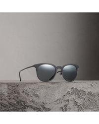 Burberry - Round Frame Sunglasses - Lyst