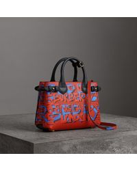 Burberry - The Small Banner In Graffiti Print Leather - Lyst