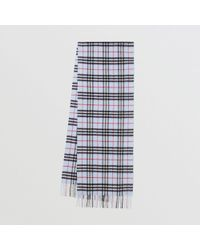 054f62c5e5488 Burberry The Lightweight Cashmere Scarf In Check Dusty Blue in Blue ...