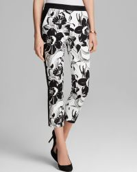 Adrianna Papell - Tropical Print Cropped Trousers - Lyst