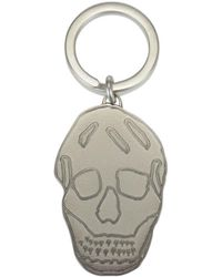 Alexander McQueen - Engraved Skull Keyring - Lyst