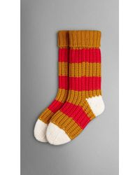 Burberry Striped Knitted Cashmere Socks red - Lyst