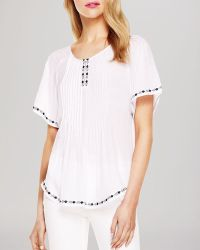 Two By Vince Camuto - Print Trim Pintucked Peasant Top - Lyst