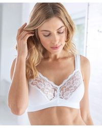 1a04acd8a7721 Playtex Soft Cup Bra in White - Lyst