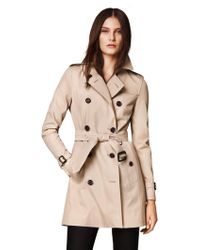 Burberry London Kensington Mid-Length Heritage Trench - Lyst