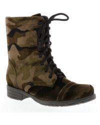 Volatile - Camo Print Underground Lace Up Block Heel Combat Boots - Lyst