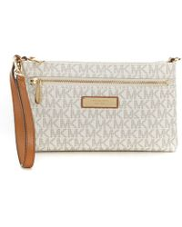 810e225549aa Lyst - Michael Kors Jet Set Travel Quilted-leather Continental ...