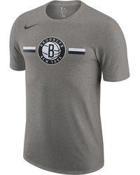 ec77bc540493 Nike - Brooklyn Nets Nba Logo Stripe T-shirt - Lyst