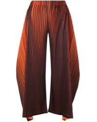 Pleats Please Issey Miyake - Pantalones con micropliegues - Lyst