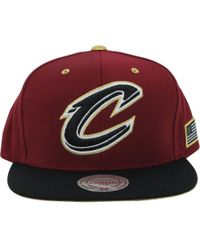 """Mitchell & Ness - Cleveland Cavaliers """"c"""" Logo Gold Tip Snapback, Maroon/ Gold - Lyst"""