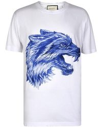 2d17d4a20 Gucci Wolf Head Embroidered T-shirt in Red for Men - Lyst