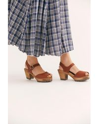 f8aa98e5cf Free People - Greta Clog By Mia Shoes - Lyst