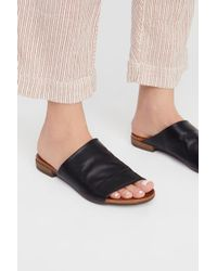 25eb329cdc96 Free People - Shore Thing Slide Sandal By Bueno - Lyst