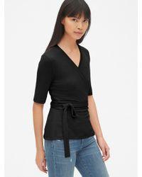 889c53e334f40 Gap - Softspun Short Sleeve Tie-waist Wrap Top - Lyst