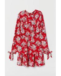 H&M Robe à volants - Rouge