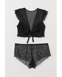 H&M Bra Top And Lace Shorts