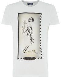 Religion - Men's Praying Skull T-shirt - Lyst