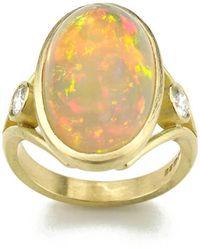 Julia Lloyd George - 18kt Yellow Gold Ethiopian Opal & Diamond Split Shank Ring - Lyst