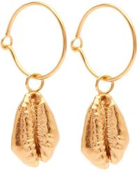 Susan Driver - Yellow Gold Plated Oceania Cowrie Hoops - Lyst
