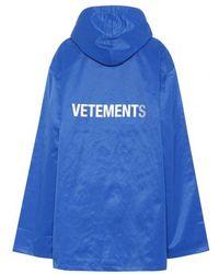 Vetements - Hooded Short Logo Raincoat - Lyst