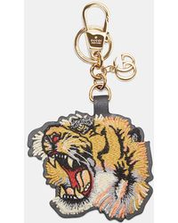 Gucci - Embroidered Tiger Key Chain In Yellow - Lyst