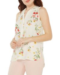 Dorothy Perkins - Collared Sleeveless Floral Blouse - Lyst