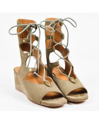 c4fd5d9ae12 Chloé - Olive Suede Lace Up Peep Toe 50mm Wedge Gladiator Sandals - Lyst